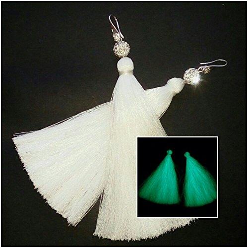 Sinbel Glow In The Dark Embroidery Thread For Brother Babylock Janome Singer Pfaff Husqvaran Bernina Machines 1000 Yards Per Cone