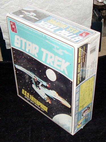 1983 Re-Issue Star Trek U.S.S. Enterprise Space Ship Model Kit