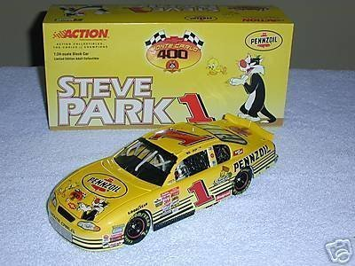Edition Limited Looney Tunes (ACTION 2001 1/24 STEVE PARK PENNZOIL LOONEY TUNES SYLVESTER AND TWEETY #1 MONTE CARLO LIMITED EDITION OF ONLY 29,220...HOOD AND TRUNK OPEN)