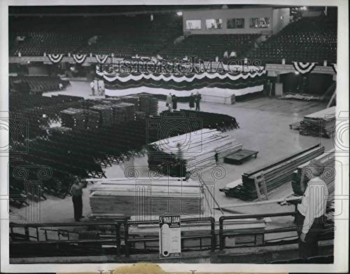 Historic Images - 1944 Vintage Press Photo Workmen Prepare Platform at Chicago Stadium for Convention (Historic Chicago Stadium)
