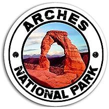 Round ARCHES National Park Sticker (Vintage Look)