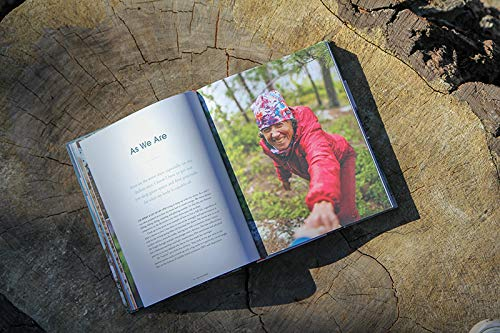 51kHzgi9TdL - She Explores: Stories of Life-Changing Adventures on the Road and in the Wild (Solo Travel Guides, Travel Essays, Women Hiking Books)