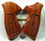 Smooth as Silk Wood Checkered Grips for TAURUS.357 6 Shots revolver, Medium& Large frame, NEW