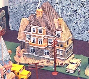 (Miniature trains detailed Victorian House #20 for possible use with N scale trains )