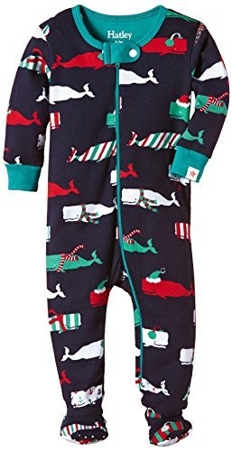 26a589ee1 Amazon.com   Hatley Baby Girls  Footed Coverall Scarf Whales