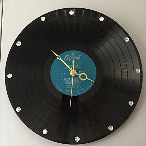 (UNFORGETTABLE- NAT KING COLE- RECORD WALL CLOCK! )