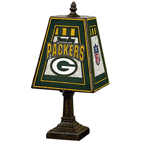 Green Bay Packers 14-inch Art Glass Table Lamp (Glass Nfl Table Lamps Art)