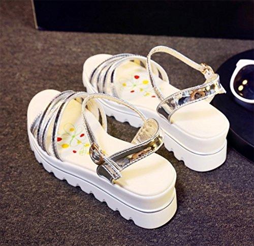 Aisun Damen Fashionable Durchgängiges Plateau Keilabsatz Schnalle Sandalen Silber
