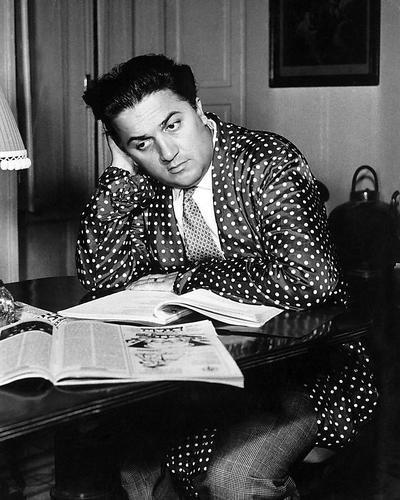 - Federico Fellini Rare 8x10 Promotional Photograph Italian Director