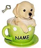 """Spardose - """" süßer Hund in einer Tasse """" - incl. Name - stabile Sparbüchse mit Schlüssel - aus Kunstharz - Hundewelpe - Mops / Labrador / golden Retriever - Sparschwein - lustig witzig - Haustier / Hunde - Geld - Reisekasse / Kinder Mädchen & Jungen - Geldgeschenk - Urlaub - Kaffeetasse"""