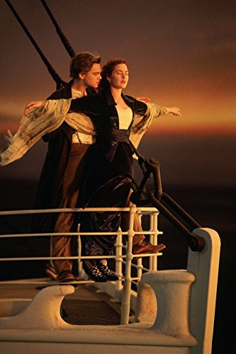 makeuseof A136 Titanic - Jack and Rose Hug in the bow Poster