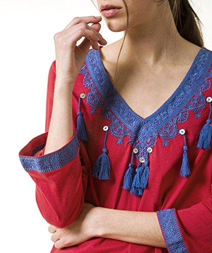 Camiseta con bordados, pompones y botones Rojo