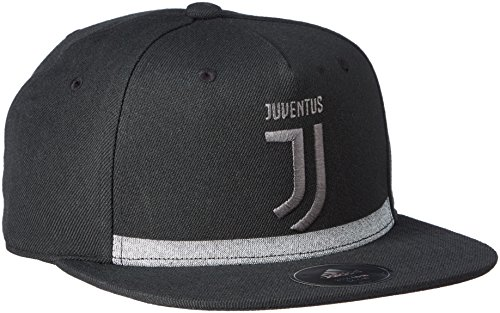 Amazon.com   adidas 2017-2018 Juventus Flat Cap (Black)   Sports   Outdoors cb18c9608628