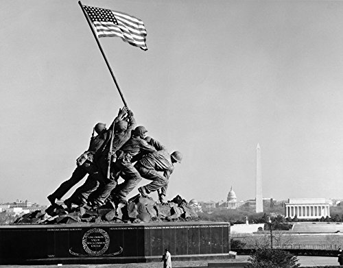 Marine Corps War Memorial Nmilitary Memorial Statue Near Arlington National Cemetery Depicting The Raising Of The Flag Over Mount Suribachi During The World War Ii Battle Of Iwo Jima Sculpture - Marines Iwo Jima Flag