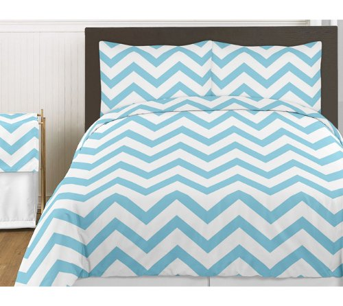 Turquoise queen bed skirt for turquoise and white chevron for Zig zag bedroom ideas