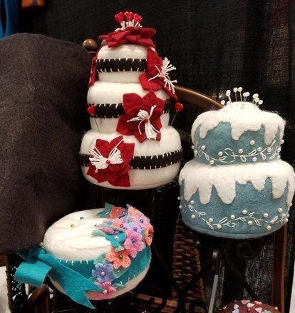Crawford Designs #233 Le Dolci Bakery Cake Pincushions pattern