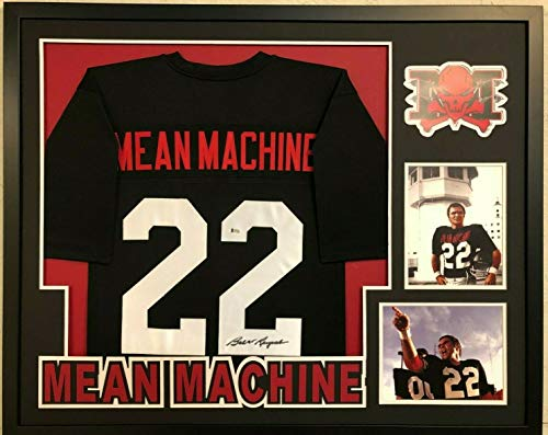 (FRAMED BURT REYNOLDS SIGNED LONGEST YARD MEAN MACHINE JERSEY BECKETT COA)