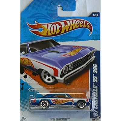 2011 HW Racing 67 Chevelle SS 396 #1/10: Toys & Games