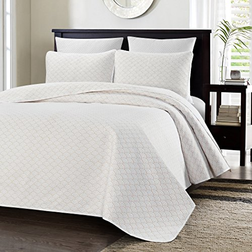 Exceptional Chezmoi Collection Malibu 3 Piece Sea Shell Quilted Oversized Bedspread  Coverlet Set (King, Malibu White)