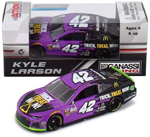 Lionel Racing Kyle Larson 2018 Halloween McDonald's NASCAR Diecast Car 1:64 Scale -