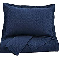 Ashley Furniture Signature Design - Alecio Quilt Set - Includes Quilt & 2 Shams - Queen Size - Navy Blue