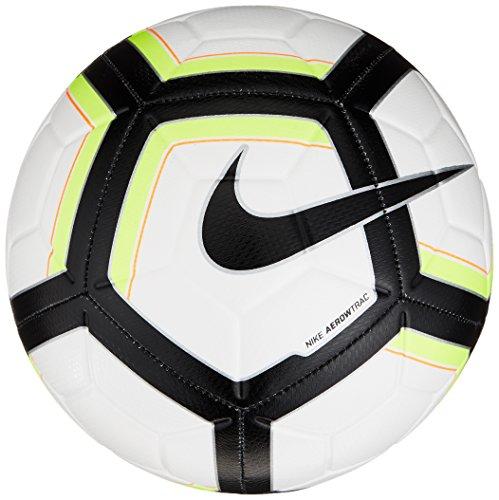 Nike Strike - Size 4