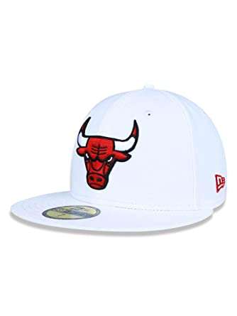 BONE 5950 CHICAGO BULLS NBA ABA RETA BRANCO NEW ERA  Amazon.com.br ... 3c51bba30c6