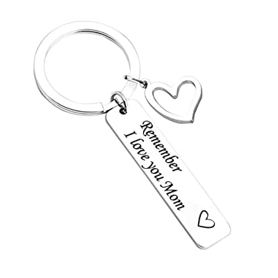 Amosfun Mother's Day Key Chain Creative English Letter Decoration Hanging Key Chain Gift for Mom (Mom): Toys & Games