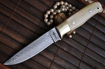 couteau de chasse damas avec etui