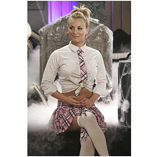 8-simple-rules-8-x-10-photograph-kaley-cuoco-sweeting-bridget-hennessy-sitting-on-set-kn