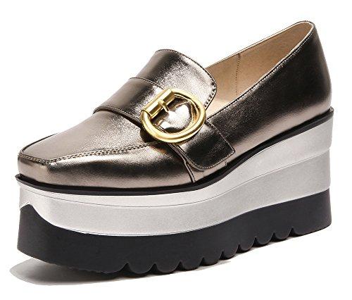 Montrer Le Coin Confortable Des Femmes Coin Talon Orteil Glisser Sur Le Pistolet Sneakers