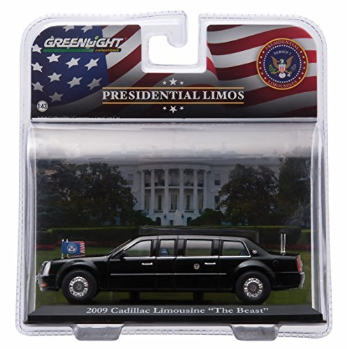 (Greenlight President Barack Obama's 2009 Cadillac Limousine The Beast Presidential Limos Series One 2016 Collectibles 1:43 Scale Die-Cast Limousine)