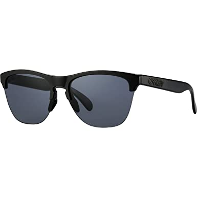 681c34e071c01 Amazon.com  Oakley Men s Frogskins Lite Round Sunglasses
