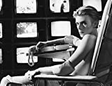 #5: David Bowie The Man Who Fell To Earth 8x10