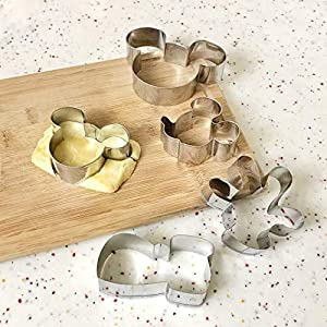 Dadam Mickey Mouse Cookie Cutter Stainless Steel Frame Pastry Biscuit Cake Fondant Cookie Cutters for Kids – Mickey Mouse Ears, Head, Side Face, Hand and Shoes Mold Set of 5