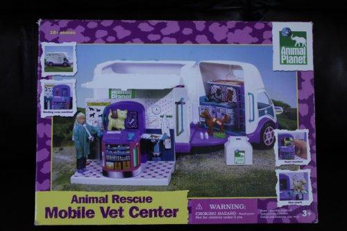 (Animal Planet Animal Rescue Mobile Vet Center with Vet, Treatment Unit & 2 Exclusive Animals, 16 Piece Set)
