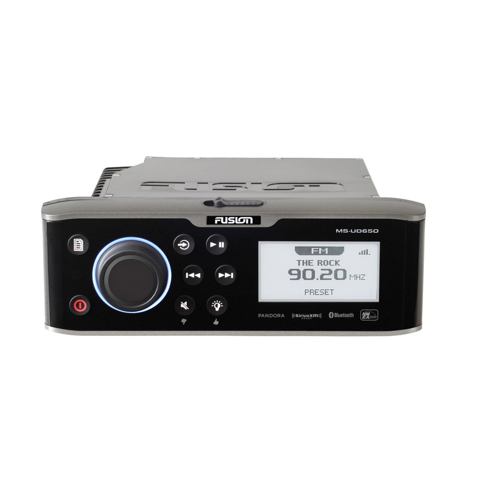 Fusion 650 Series Marine Entertainment System with Internal Uni-Dock