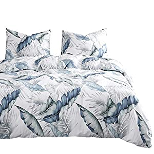 51kb%2BAbn1SL._SS300_ Hawaii Themed Bedding Sets