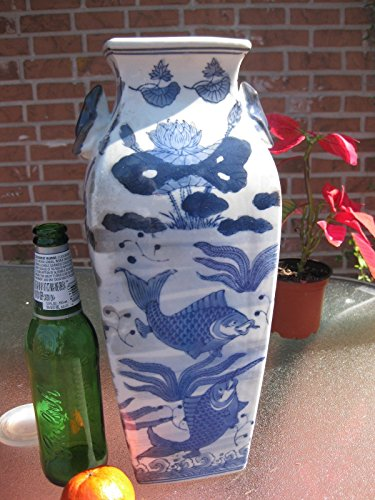 (Chinese Porcelain Vase Qing Dynasty