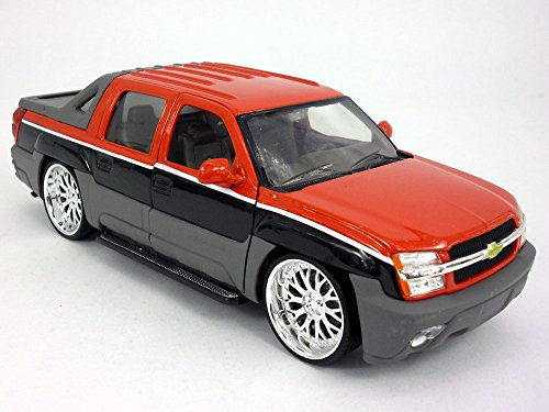 Chevrolet Avalanche Low-Rider, red/black, 2002, Model Car, Ready-made, Welly 1:24