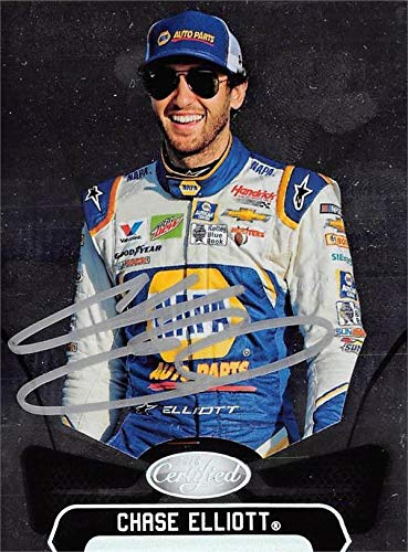 Chase Elliott autographed trading card (NASCAR Driver, Auto Racing, SC) 2018 Panini Certified #29 - Autographed NASCAR Cards