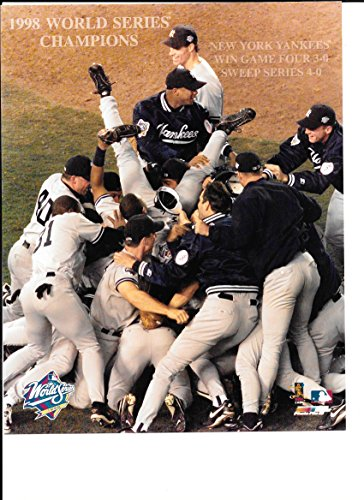 - New York Yankees 1998 World Series Champions Celebration Unsigned 8x10 Photo