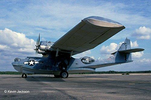 ドイツレベル 1/72 アメリカ海軍 PBY-5a カタリナ 飛行艇 プラモデル 03902