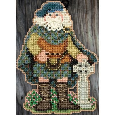 Scotland Santa Celtic Santas Counted Cross Stitch Kit-3x4.75