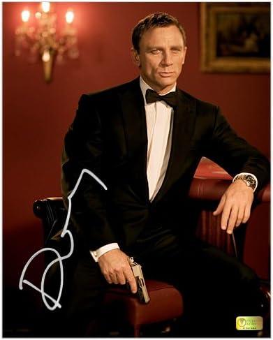 Daniel Craig Autographed 8x10 James Bond Casino Royale Set