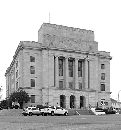 24 x 36 B&W Giclee Print of Texarkana U.S. Post Office and Federal Building 2013 Highsmith 96a