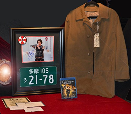 [Resident Evil Prop PLATE & ZOMBIE Costume, Signed MILLA JOVOVICH, DVD, UACC, COA] (Halloween Toronto Costumes)