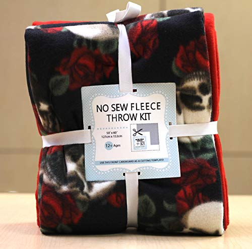 Skulls & Roses No-Sew Throw Fleece Fabric Kit (50x60)