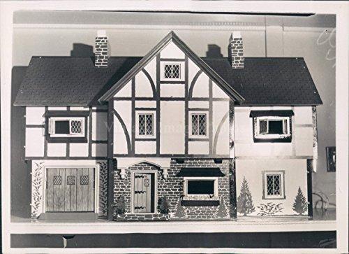 English Manor Mansion - 4