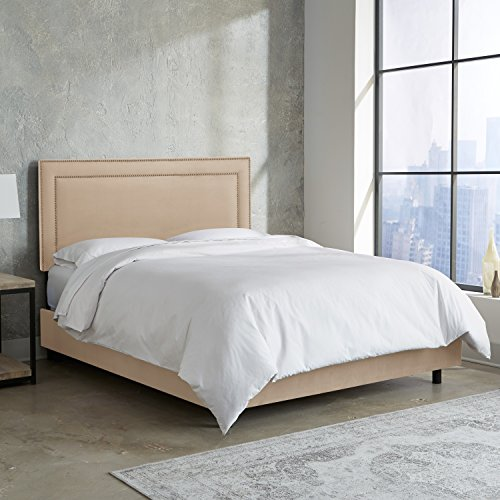 (Skyline Furniture Nail Button Premier Border Bed, Oatmeal, Queen)